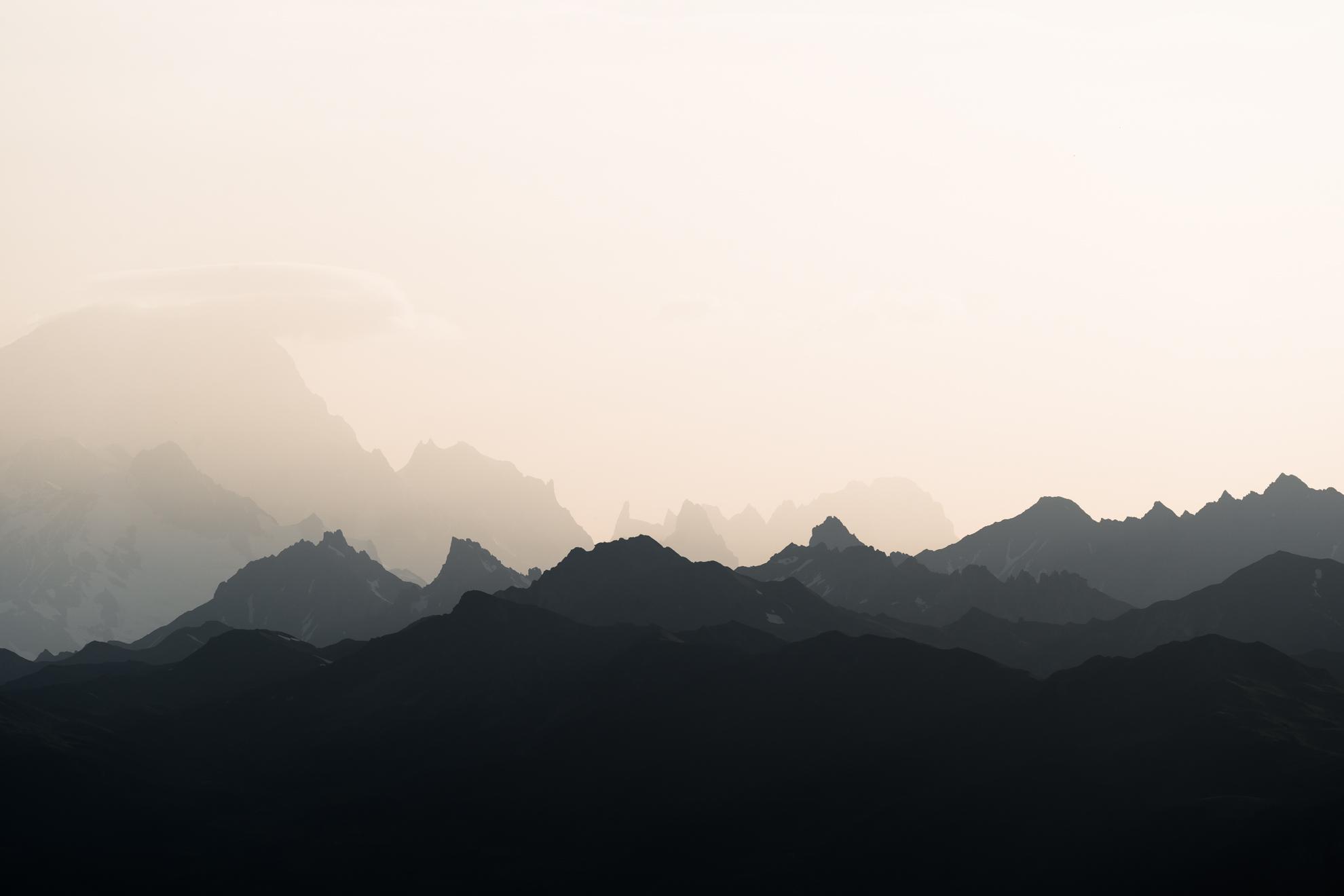 Lever de soleil sur le Massif du Mont-Blanc